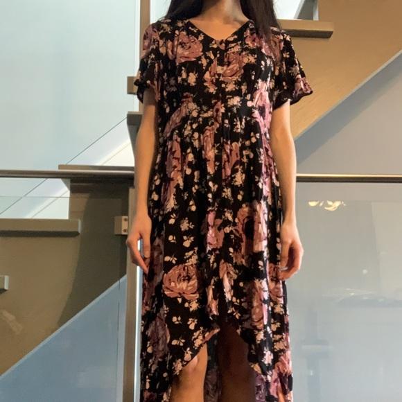 Charlotte Russe Floral Dress👗🌸🌺💕